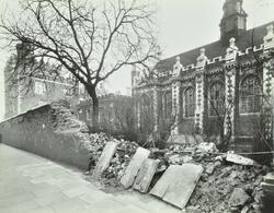 Lambeth Palace, Lambeth Palace Road: boundary wall bomb damage